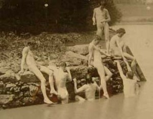 Thomas Eakins, 1883 photograph of Eakins' studens at the site of The Swimming Hole